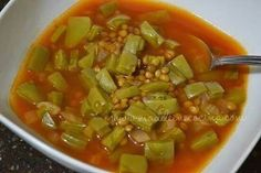 Lentils with nopales - Mexican foods - Sopas Authentic Mexican Recipes, Mexican Food Recipes, Soup Recipes, Vegetarian Recipes, Cooking Recipes, Healthy Recipes, Healthy Soup, Cooking Bacon, Cooking Broccoli