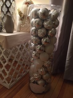 What an awesome buy from Homegoods scored these great ornaments love Christmas time