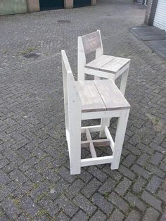 Diy Furniture Projects, Pallet Projects, Bar Stools, Woodworking, Outdoor Ideas, Pallets, Restaurants, Chairs, Garden
