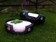 doggie beds... visit our page at... https://www.facebook.com/reciclamosyembellecemos