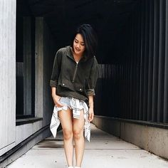 Plaid the right way  wrapped around the waist @tojesss #UrbanPlanet #Repost #Plaid #Ootd #Style