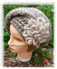 Cappello da donna in lana morbidissima. di Cosmosicula su Etsy