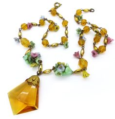 Vintage Art Deco Czech Yellow Glass Floral Faceted Necklace | Clarice Jewellery | Vintage Costume Jewellery