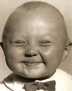 bow tie happy face - Now this makes me smile Precious Children, Beautiful Children, Beautiful Babies, Smile Face, Make You Smile, Babyface Nelson, Cute Kids, Cute Babies, Funny Kids