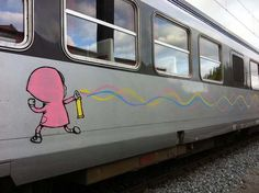 dRAN train graffiti