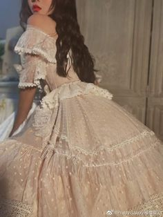 Discover recipes, home ideas, style inspiration and other ideas to try. Classy Aesthetic, Aesthetic Clothes, Aesthetic Art, Ball Dresses, Ball Gowns, Pretty Dresses, Beautiful Dresses, Fairytale Dress, Princess Aesthetic