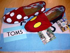 Minnie & Mickey Mouse TOMS
