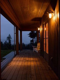 Main Cabin - traditional - exterior - seattle - Bosworth Hoedemaker