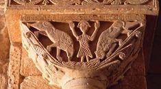Capitel visigodo de San Pedro de la Nave, con la escena de Daniel en el foso de los leones