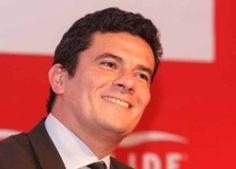 O ex-ministro da Fazenda Antônio Palocci, preso temporariamente hoje (26) na 35ª fase na Operação Lava Jato, chegou às 9h à Superintendência da Polícia Federal, na capital paulista. Ele foi preso e…