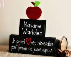 Teacher Christmas Gift - Personalized FrenchTeacher Gift - Teacher Wood Blocks Sign - End of School Year Teacher Gift Idea - Classroom Decor