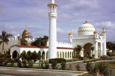 35mm Slide Freeport Casino Bahamas 1970 Original Color Kodachrome