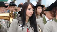 ZUM 3.SCHUTZENGERLKIRTAG KOMMT BLASMUSIK ALTENMARKT - SA.7. u. SO.8. OKT... Alter, Austria, Film, Brass Band Music, Bubbles, Destinations, Movie, Film Stock, Movies