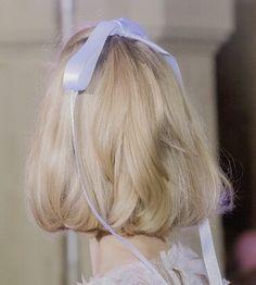 hair ribbon aesthetic ~ hair ribbon + hair ribbon hairstyles + hair ribbon diy + hair ribbon ponytail + hair ribbon outfit + hair ribbon aesthetic + hair ribbon scrunchie + hair ribbon hairstyles half up Scene Hair, Hair Inspo, Hair Inspiration, Inspo Cheveux, Dream Hair, Pretty Hairstyles, Hair Goals, Her Hair, Hair And Nails