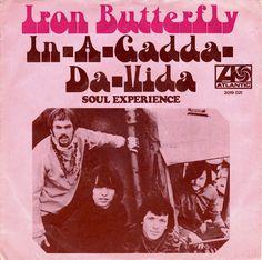 SINGLE VAN DE WEEK:  IRON BUTTERFLY - IN-A-GADDA-DA-VIDA  Uitgebracht in 1970 met als hoogste notering de 9e plaats in de Nederlandse Top 40.  En welke singles had jij van Iron Butterfly?  Spotify: open.spotify.com/track/41TqRBgF4Ahyr4vGmZVk8b  YouTube: youtube.com/watch?v=UIVe-rZBcm4&list=PLpJgc39WxNAHEPAtJ1wjVZNUA2EEjfgXW&index=74