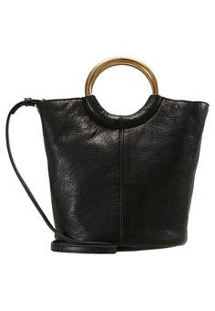 fbbe6fe64c93 LEATHER BUCKET BAG - Handtasche - copper black   Zalando.de 🛒