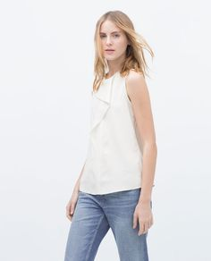 ZARA - WOMAN - RUFFLE FRONT TOP