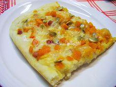 Pizza con zucca, pancetta e semi di zucca