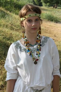 SCA Rus medieval reenactment embroidery