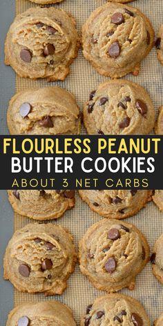 Flourless Peanut Butter Cookies, Keto Cookies, Cookies Et Biscuits, Gluten Free Chocolate Cookies, Gluten Free Peanut Butter Cookies, Low Carb Sweets, Healthy Sweets, Healthy Baking, Low Carb Keto