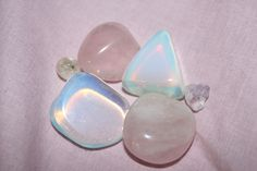 """soyunaflor: """" I'm in love with my opalite ❤‿❤*:・゚✧ """""""