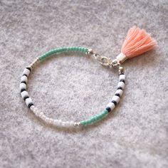 Seed Bead Jewelry, Cute Jewelry, Beaded Jewelry, Seed Bead Bracelets, Handmade Jewelry, Jewellery, Bracelet Crafts, Jewelry Crafts, Macrame Bracelet Patterns