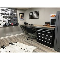 man cave your goal always should be to avoid confrontation. this second floor romantic room was designed for two an extremely comfortable king bed will ensure a soothing nights sleep, and the