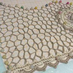 Crochet Diagram, Crochet Patterns, Paper Crafts, Diy Crafts, Irish Lace, Antique Lace, Irish Crochet, Diy For Kids, Beaded Jewelry