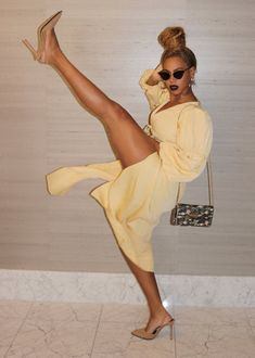 Prominente und Unterhaltung Celebrities and Entertainment, Estilo Beyonce, Beyonce 2013, Beyonce Style, Rihanna, Beyonce Photos, Brad Pitt, Popsugar, Angela Simmons, Alyson Hannigan