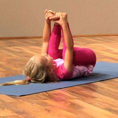 kids yoga pose dead bug pose