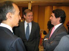 Con el entonces Presidente del Gobierno Español, José Maria Aznar. Palacio de la Moncloa. Año 2002