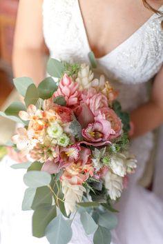 Spring Wedding Bouquets, Peony Bouquet Wedding, Bridal Flowers, Flower Bouquets, May Weddings, Pink Weddings, Wedding Presets, Alternative Bouquet, Platinum Wedding