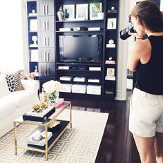 Eeeeekkkkk!!!! When @emiliajane_ it's at your house taking pictures for the @theeverygirl_ and you have a mini heart attack!!!  #dreamcometrue #theeverygirl #hometour  by ceresbr1