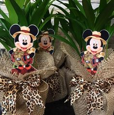 Safari Party, Safari Theme Birthday, Fiesta Mickey Mouse, Mickey Party, Minnie Mouse Party, Minnie Birthday, 1st Boy Birthday, Safari Thema, Safari Centerpieces