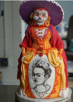 Ghoulishly Frida Kahlo cake