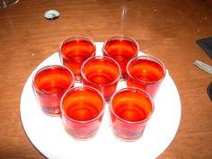 Chupito Piruleta, Receta fácil en 2 minutos. Punch Bowls, Bar, Lollipops, Strawberry Fruit, Easy Recipes