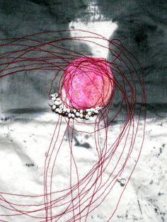 ricamo det3 - carmen berrini Textile Fiber Art, Fibre Art, Textile Artists, Sketchbook Project, Felt Pictures, Metal Flowers, Mark Making, Red Dots, Embroidery Applique