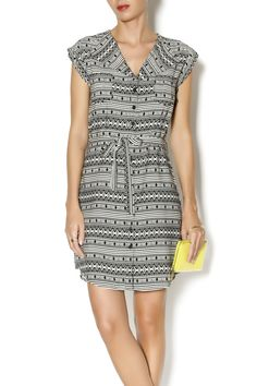 This fun printed shirt dress will keep you looking stylish whether you dress it up or down. Featuring folding flap collar, two chest pockets, button down closure and flattering waist synching belt.   Tribal Shirt Dress by Jack. Clothing - Dresses - Printed Clothing - Dresses - Casual Clothing - Dresses - Mini Brooklyn, New York City