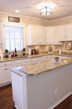 Amazing White Kitchen Cabinets Decor Ideas For Farmhouse Style Design - Page 60 of 99 Chef Kitchen Decor, Kitchen Cabinets Decor, Cabinet Decor, Kitchen Redo, Kitchen Layout, Kitchen Design, Kitchen Ideas, Kitchen Refacing, 10x10 Kitchen