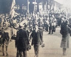 La llegada de los cadetes chilenos para honrar el centenario argentino. La misión de buena voluntad dejaba atrás el espinoso tema limítrofe que había tenido lugar años antes.