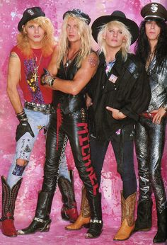 One of the most popular glam bands of the Poison.🎸 Rikki Rockett was responsible for a lot of their hair, makeup and accessories since he was, as well as a drummer, a trained hairdresser. Hair Metal Bands, 80s Hair Bands, Glam Metal, Poison The Band, Hard Rock, 80s Heavy Metal, Bret Michaels Poison, Look 80s, 80s Rock Bands