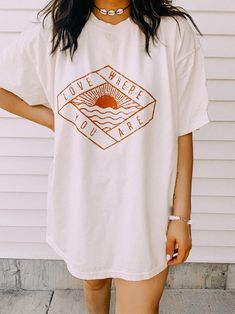 Love Where You are Oversized Graphic Tee – Surfer Style Tee – Oversized T-Shirt – Summer Shirts  #oversizedshirt #oversizedshirtoutfit #graphictee #teeshirts #bigshirtoutfits #bigshirt #oversizedtshirtoutfitsummer #vintageshirts #summershirts Oversized Shirt Outfit, Oversized Graphic Tee, Cool Graphic Tees, Cool Shirts For Women, Shirts For Teens, Big Shirt Outfits, Aesthetic T Shirts, Surfer Style, T Shirt Photo