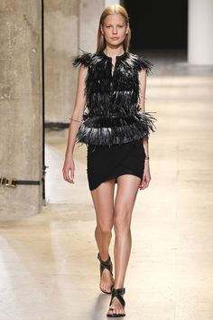 See the Iasbel Marant Spring 2015 runway show on Vogue.com.