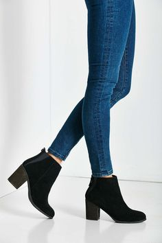 Ecote Short Suede Boot... These are perfect! Exactly what I have been looking for!