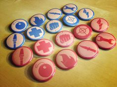 TF2 Team Fortress 2 Pinback Button Set - Red and Blu All Classes $11.50