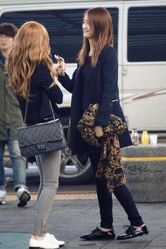 YoonSic Snsd Airport Fashion, Kpop Fashion, Korean Fashion, Girl Fashion, Kim Hyoyeon, Yoona Snsd, Kpop Girl Groups, Kpop Girls, My Girl