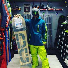 Completo #snowboard #DCshoes #snowboard Mega giacca ripley pantaloni banshee #boots scout #maschera #OutOf  Puoi acquistare sul nostro #shop #online www.lm-snowboardstore.it