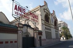 Fábrica de Anís del Mono en Badalona Barcelona, Broadway, Old Things, Architecture, Places, Santa Maria, Antigua, Houses, Cities