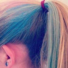 diy-hair-dye-diy-hair-styles-how-to-chalk-hair-dye-chalking-hair-how-to-5_large-thumbnail2.jpg (320×320)