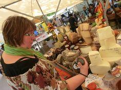 Wer in Torrevieja den Urlaub verbringt, genießt hier besonders spanische Wochenmärkte